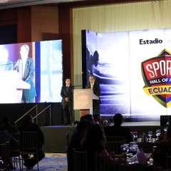 La revista deportiva ingresará este año a Andrés Gómez, Mauro Velásquez y George Capwell. Foto: Archivo/estadio.ec