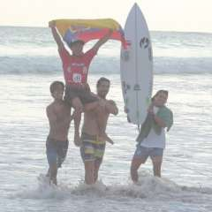 Álex Suárez venció en la final de open al también ecuatoriano Roberto Rodríguez. Foto: Tomada de ALAS Latin Tour