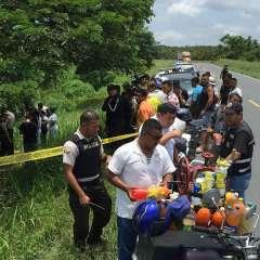 Familiares de la joven acudieron al sitio y confirmaron la identidad de la occisa. Foto: Radio Atalaya