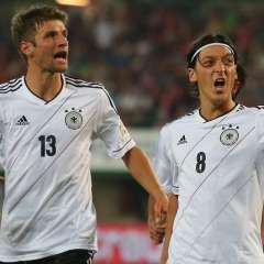 Thomas Müller y Mesut Özil son bajas en Alemania para el duelo con Brasil en Berlín.