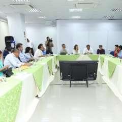La segunda mandataria enfatizó que existe un cronograma que permitirá los proyectos. Foto: Twitter Vicepresidencia.