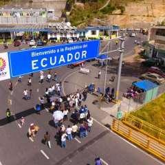 Huyen de violencia en la zona y se suman a venezolanos que salen por la situación de su país. Foto: Archivo Ecuavisa