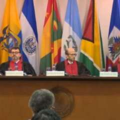 ECUADOR.- El Gobierno elevará a consulta si la comunicación se mantiene o no como servicio público. Foto: Twitter