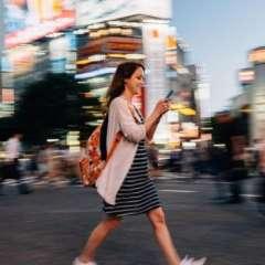 Andar distraído puede dar paso a nuevas ideas creativas.