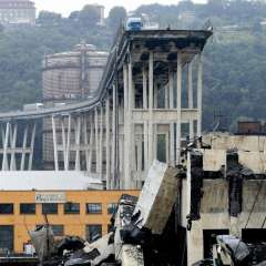 Al menos 22 muertos por derrumbe de puente en Italia. Foto: AFP