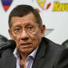 El presidente de la FEF habló con su homólogo de Conmebol, Alejandro Domínguez. Foto: API