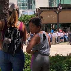 Un centenar de personas pidieron el cierre de lrestaurante. Foto: Cortesía