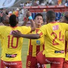 El equipo 'oriental' superó por 2-0 a los 'citadinos' en el estadio Cristhian Benítez. Foto: API