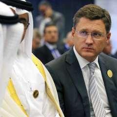 ARGEL, Argelia.- El ministro de energía de Rusia, Alexander Novak (der) en la reunión de la OPEP. Foto: AP.