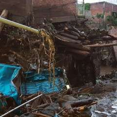 Tres muertos y once desaparecidos por desborde de río en México.