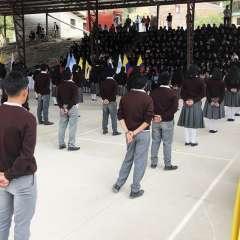 En la Sierra serán 122.171 los estudiantes de bachillerato que participarán del Juramento a la Bandera. Foto: @Municipio_Giron