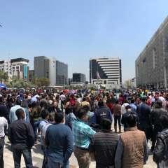 QUITO, Ecuador.- Unos 30.000 funcionarios participaron en la evacuación de la Plataforma Financiera. Foto: Inmobiliar