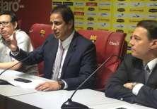Carlos Alfaro Moreno (d.) aseguró que aún siguen en carrera por el campeonato. Foto: Tomada de la cuenta Twitter @BarcelonaSCweb