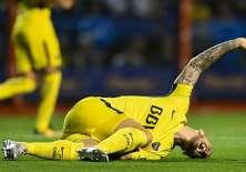 El delantero argentino Darío Benedetto sufrió la ruptura del ligamento cruzado anterior de la rodilla derecha.