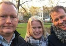 Peter Allen (izquierda) tiene la enfermedad de Huntington y sus hermanos, Sandy (centro) y Frank (derecha), también portan el gen que lo provoca. (Foto: James Gallagher)