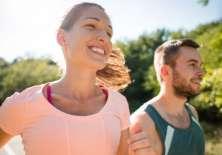 Sonreír ofrece un positivo efecto dominó que se extiende por todo el cuerpo.