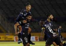 Cristhian Pellerano (15) marcó el segundo gol del elenco 'negriazul'. Foto: API