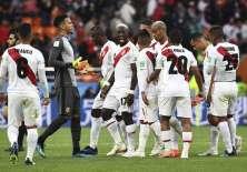 Los 'incas' perdieron 1-0 ante Francia, que en cambio, logró su clasificación. Foto: Anne-Christine POUJOULAT / AFP