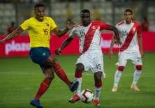 El ecuatoriano ya viajó a Inglaterra para unirse a los trabajos del Manchester United. Foto: ERNESTO BENAVIDES / AFP