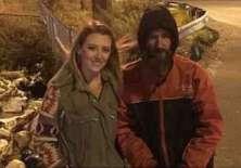 Kate McClure se fotografió junto a Bobbit para promocionar la campaña. Foto: GOFUNDME