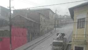 Calles de Quito con hielo debido a las lluvias.
