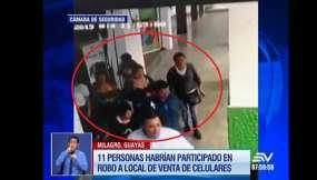 11 personas roban un local de celulares en Milagro