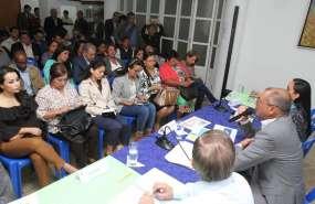 QUITO, Ecuador.- El vicepresidente de la República, Jorge Glas, expuso ante los legisladores lo que se hizo en la Refinería de Esmeraldas. Foto: Twitter Revista Zona Libre