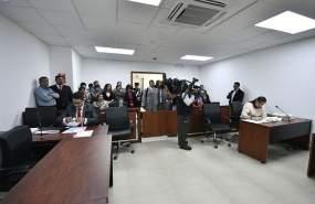 QUITO, Ecuador.- Este 16 de octubre de 2017 debía darse la audiencia para analizar la medida de prisión preventiva, pero la diligencia se difirió. Foto: API