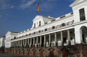 QUITO, Ecuador.-  Los funcionarios serán removidos desde el 1 de enero de 2018, en algunos de los casos. Foto: Presidencia.ec.