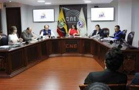 CNE aprobó reformas a la reglamentación de las encuestadoras para la consulta popular. Foto: Twitter CNE