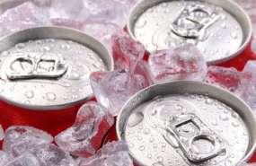 ¿Cómo enfriar una lata sin hielo o sin nevera?