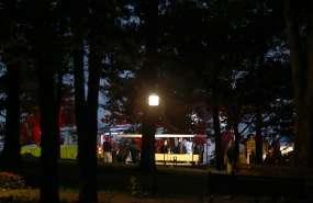 Personal de emergencias, en el Lago Table Rock después de un hundimiento fatal en Branson. Foto: AP