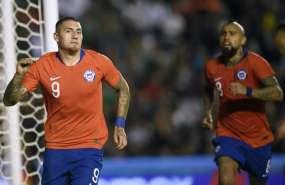 QUERÉTARO, México.- Nicolás Castillo (izquierda) celebra tras anotar su gol. Foto: AFP