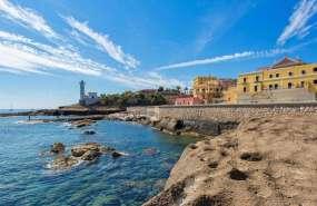 La isla de Ventotene, un antiguo volcán frente a la costa de Nápoles.