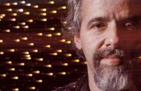 Antes de ser uno de los escritores más vendidos en el mundo, Paulo Coelho fue un reconocido letrista en Brasil.