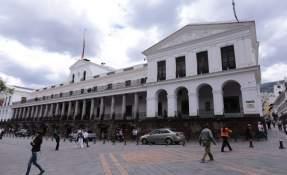 Además del jefe de Estado, viajarán a Trujillo 24 funcionarios. Foto: Archivo API