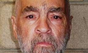 El gurú criminal y psicópata estadounidense Charles Manson muere a los 83 años. Foto: AFP