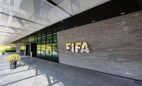 La FIFA sancionó de por vida a tres exdirigentes implicados en el caso FIFA Gate.