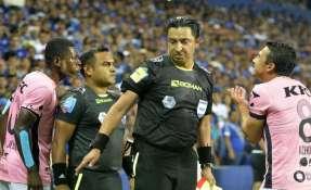 Dos partidos de suspensión recibió Gabriel Cortez y se le abrió un expediente.