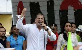 Rafael Correa durante campaña por el 'no' para la consulta popular. Foto: Archivo