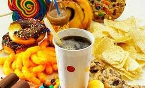 Los alimentos sobre los cuales estimaron que hay un riesgo comprenden panes, dulces. Foto: Referencial