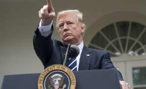 WASHINGTON, Estados Unidos.- Donald Trump propone la posibilidad de armar a profesores para disuadir tiroteos. Foto: AFP
