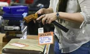 Espectáculo de armas ocurre tres días tras un tiroteo en Marjory Douglas High School en Parkland, Florida. Foto: AFP