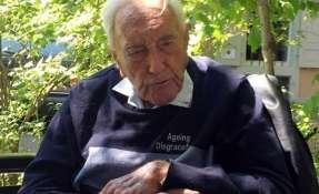 El científico australiano de 104 años muere por suicidio asistido en Suiza.
