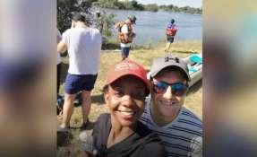 La joven de 25 años paseaba con su novio en una canoa por el río Zambeze. Foto: BBC
