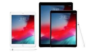 iPpads, iPhones e incluso Macs aparecen con la misma hora en sus pantallas en todas las imágenes publicitarias y de compra.