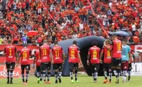 El elenco 'morlaco' recientemente disputó el partido de la Copa Sudamericana en el estadio de Liga de Quito. Foto: API