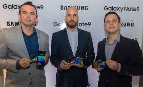 La presentación del smartphone en Ecuador. Foto: Cortesía