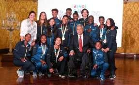 Él presidente de Ecuador almorzó con los medallistas nacionales en los JJ.OO. de la Juventud. Foto: Tomada de @ComunicacionEc