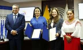 QUITO, Ecuador.- Participación Ciudadana colaborará con el CNE en varios aspectos de control electoral. Foto: CNE.